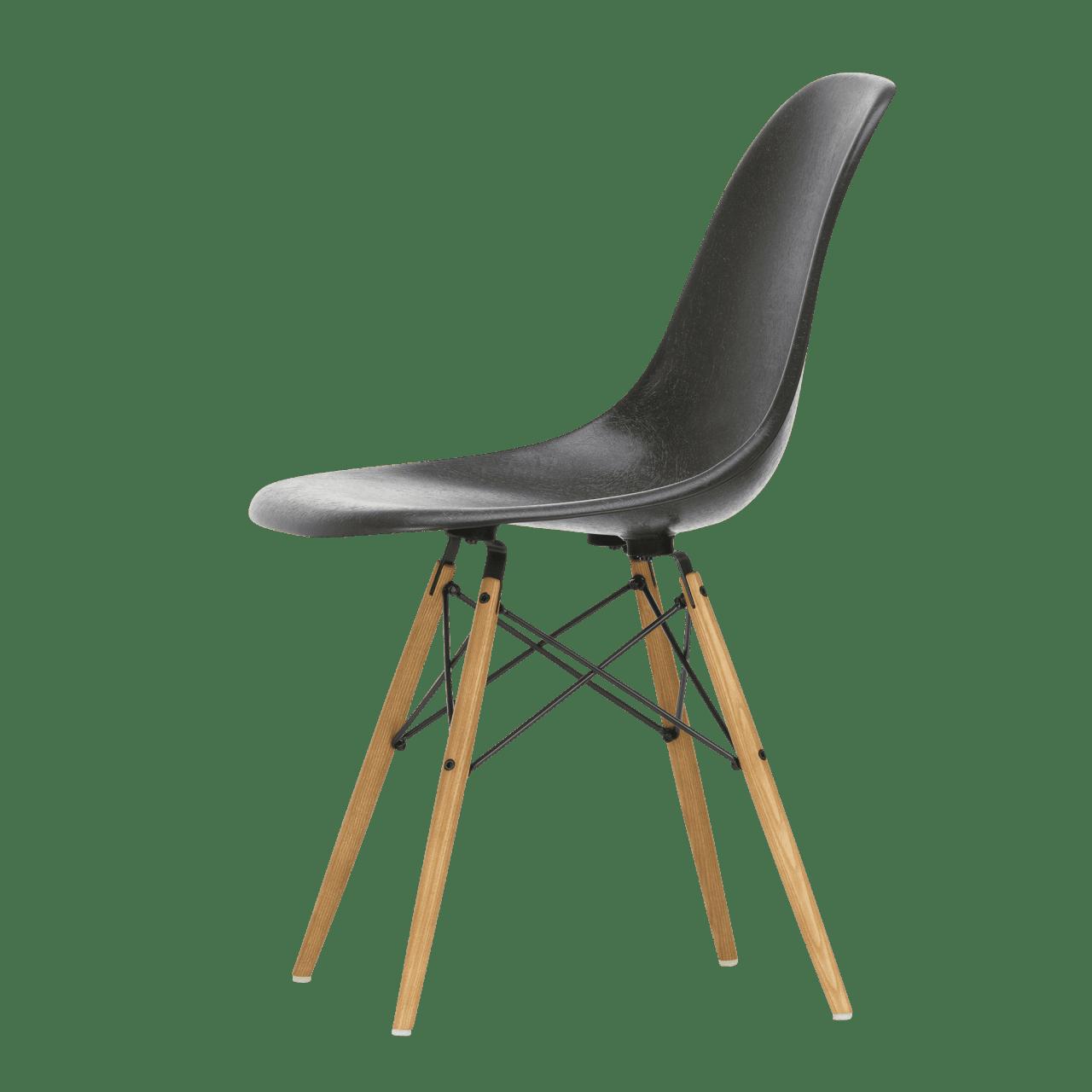 Eames Fiberglass Sidechair DSW