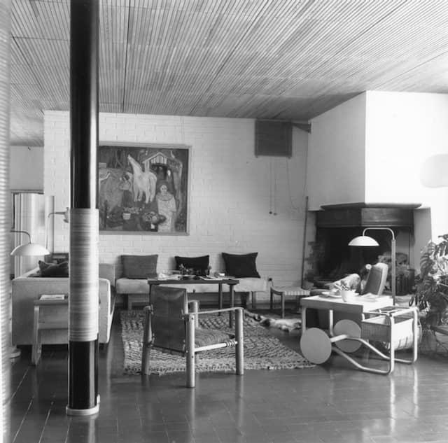 Historisches Innenaufnahme der von Aalto entworfenen Villa Mairea in Noormarkku (Finnland)